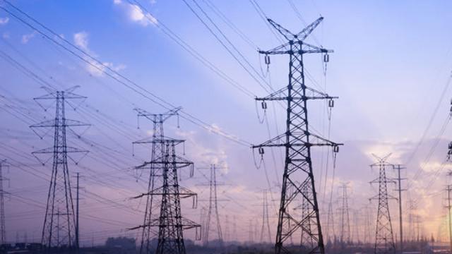 EXPERȚII, despre interconectarea electrică până în 2022: Este un termen real, dacă autoritățile nu vor tergiversa procesele, dar ar trebui atrase companii internaționale, cu experiență