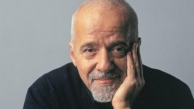 Scriitorul brazilian Paulo Coelho, cenzurat în Turcia