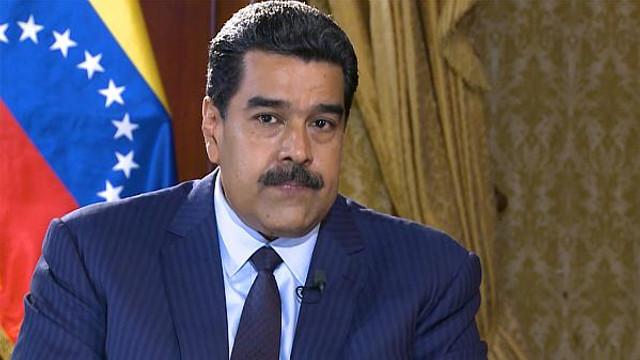 Donald Trump îngheaţă toate activele guvernului venezuelean din SUA pentru a pune presiune pe Maduro