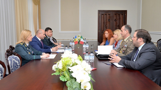 Consolidarea parteneriatului moldo-italian, discutat de Pavel Voicu şi ambasadoarea Italiei în R.Moldova, Valeria Biagiotti