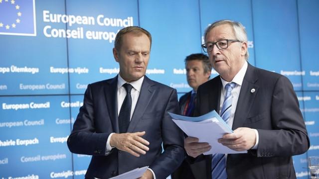 Tusk şi Juncker vor reprezenta Uniunea Europeană la summitul Ucraina-UE de la Kiev