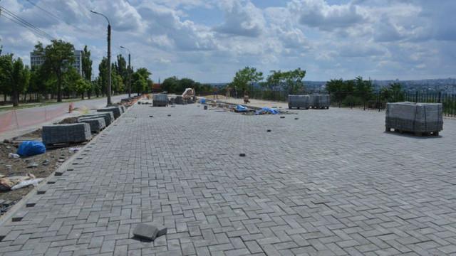 Două spații de agrement moderne sunt în proces de amenajare în sectorul Ciocana