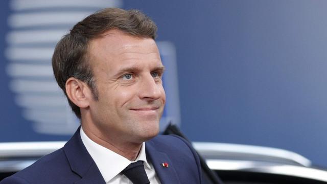 Aparatul de zbor inovator folosit la parada militară de Ziua Naţională a Franţei, lăudat de Emmanuel Macron