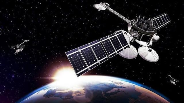 Spațiul cosmic, tot mai aglomerat: Un satelit al Agenției Spațiale Europene, pe punctul de a se ciocni cu unul operat de compania lui Elon Musk