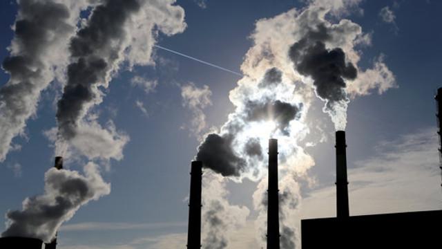 Prețul permiselor pentru carbon din UE au urcat, pentru prima dată, peste nivelul de 50 de euro pe tonă