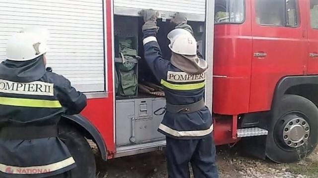 Locomotiva unui tren de pasageri a luat foc pe o stradă din Capitală