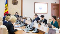 Guvernul a declarat ziua de 23 august zi de doliu, cu arborarea în bernă a drapelului de stat