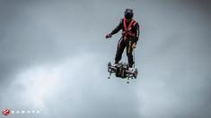 VIDEO | Francezul zburător, Franky Zapata, a reuşit să traverseze Canalul Mânecii pe flyboard