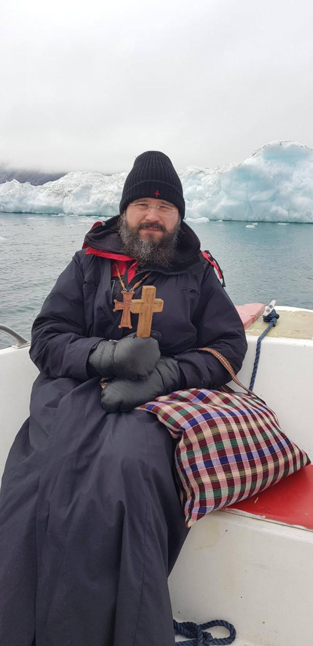 Povestea episcopului Macarie, cel care duce cuvântul lui Dumnezeu românilor de dincolo de Cercul Polar | FOTO
