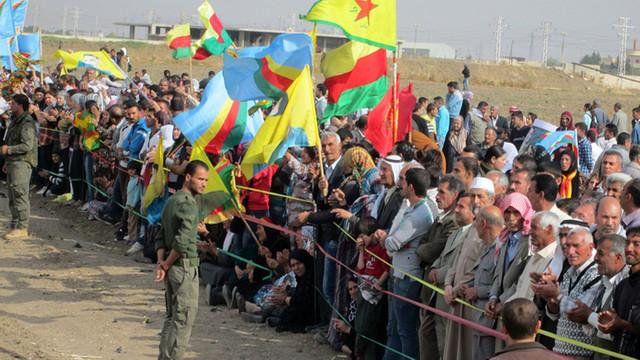Kurzii sirieni s-au retras din poziţii aflate la graniţa cu Turcia