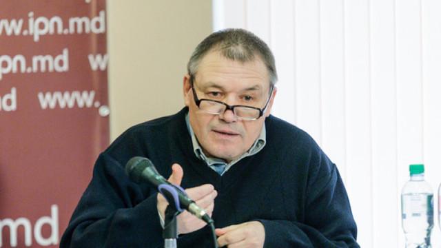 """Nicolae Negru: Dodon vrea să înlocuiască termenul de """"federalizare"""" cu cel de """"autonomie foarte puternică"""" pentru Transnistria (Revista presei)"""