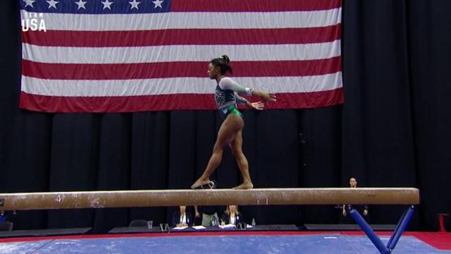 Premieră istorică în gimnastică: Simone Biles, procedeu unic la Campionatele din SUA