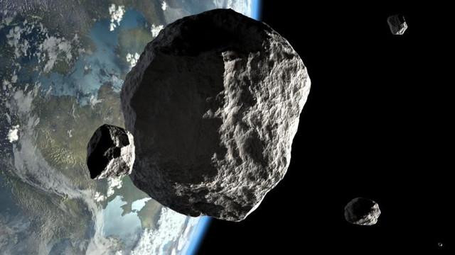 Un nou asteroid va trece razant pe lângă Pământ în luna august