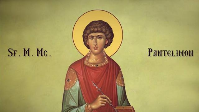 Creștinii ortodocși de stil vechi îl cinstesc vineri pe Sfântul Mare Mucenic Pantelimon