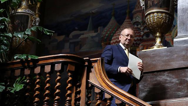 """Ambasadorul Rusiei în Marea Britanie a demisionat. """"Fără legătură cu deteriorarea relaţiilor dintre Moscova şi Londra"""", afirmă purtătorul de cuvânt al Kremlinului"""