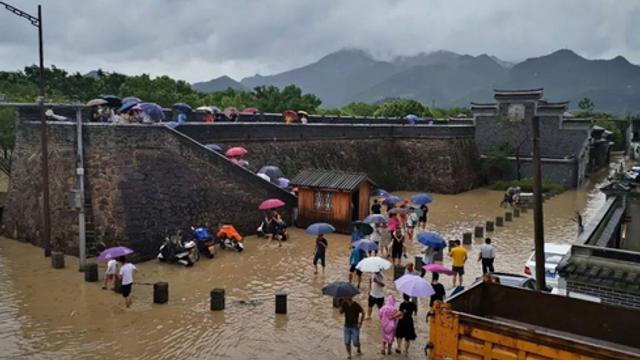 China: Bilanţul taifunului Lekima urcă la 49 de morţi, 21 de dispăruţi