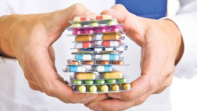 Jumătate din fondurile prevăzute pentru medicamentele compensate au fost alocate