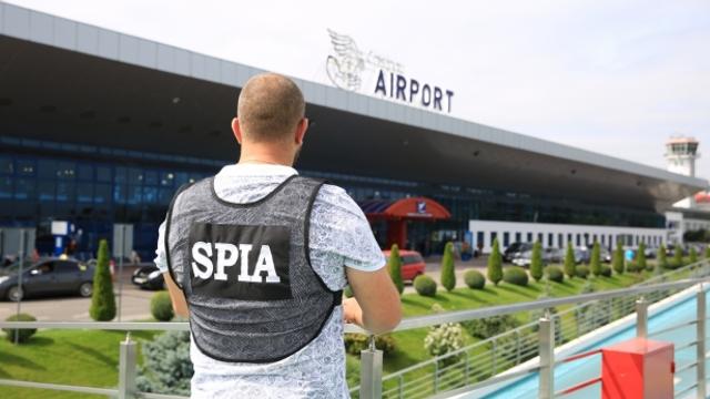 Angajaţii SPIA şi procurorii au descins la Aeroport