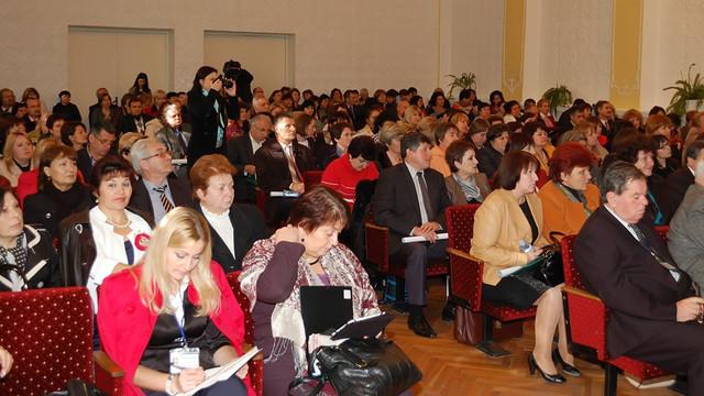 La Chișinău se desfășoară Forumul cadrelor didactice