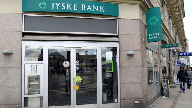 O bancă din Danemarca îi va taxa pe deponenţii bogaţi în loc să le plătească dobândă