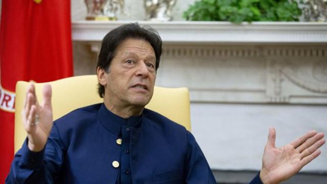 Imran Khan acuză India că plănuieşte o operaţiune militară în Kashmirul pakistanez