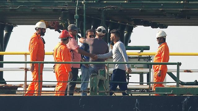 Grecia a afirmat că nu a primit nicio cerere de a oferi spaţiu de ancorare petrolierului iranian Adrian Darya