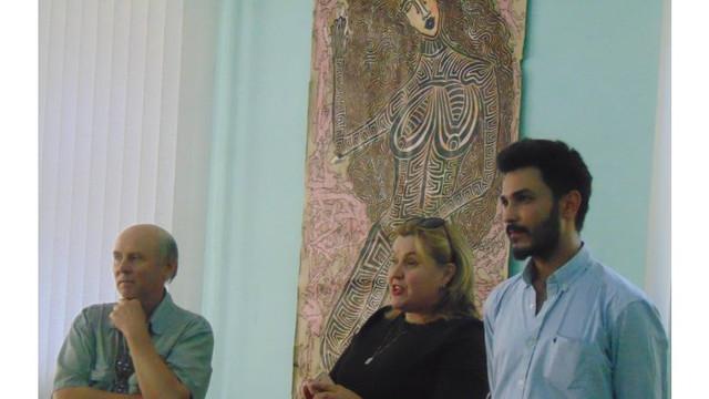 Un tânăr pictor originar din R. Moldova, stabilit în Grecia, și-a expus lucrările la Chișinău