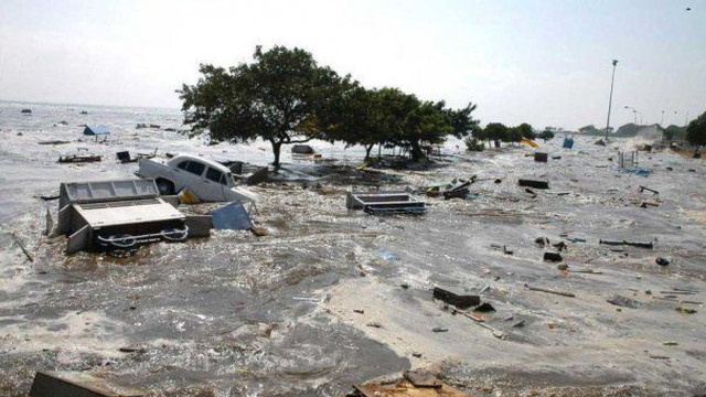 India - 38 de oameni au murit din cauza ploilor musonice; alertă de inundaţii în New Delhi