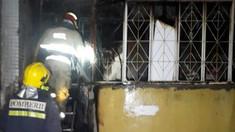 FOTO | Incendiu într-un apartament cu 5 camere, plin cu bunurile materiale învechite