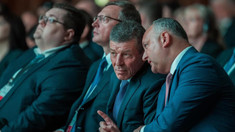 """Kozak, la Chișinău, sprijină actuala majoritate parlamentară. Dodon, pledează pentru """"Europa Mare"""", de la Lisabona până la Vladivostok"""