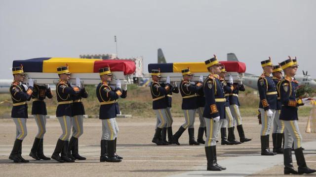 Trupurile celor doi români uciși în Kabul au fost repatriate