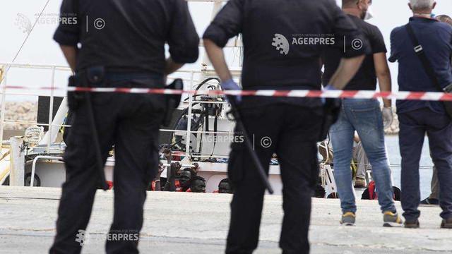 Trei persoane reţinute în Italia sub acuzaţia că au condus un centru de detenţie pentru migranţi în Libia