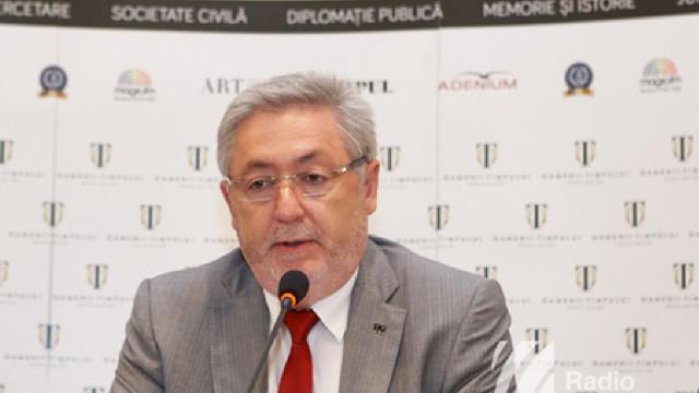 Nistor Grozavu riscă până la 10 ani de pușcărie și este obligat să nu părăsească R.Moldova