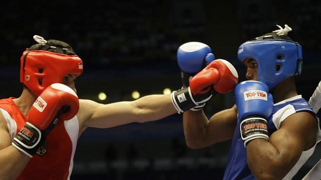 Andrei Vreme a fost învins în primul meci la Mondialele de box