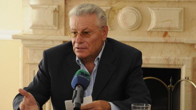 Fostul președinte Petru Lucinschi se declară nevinovat în dosarul miliardului furat