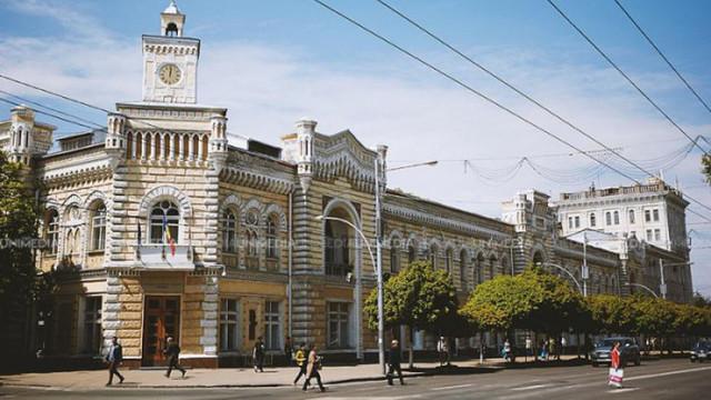 Detalii despre perchezițiile de la Primăria Chișinău. Zece foști și actuali funcționari au fost documentați