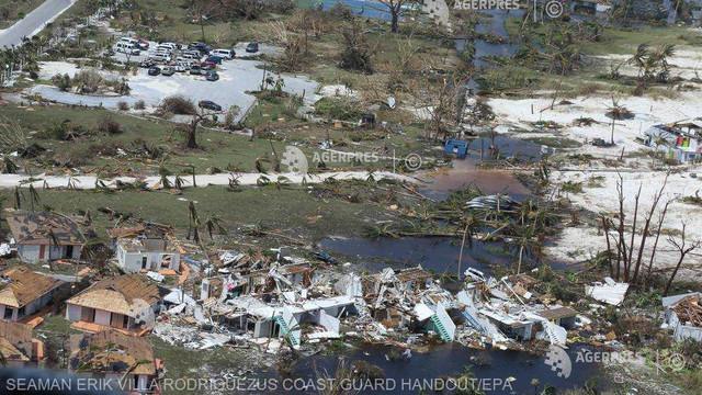 Uraganul Dorian a lăsat în urmă cel puţin 30 de morţi în Bahamas; ciclonul a provocat pene de curent în SUA