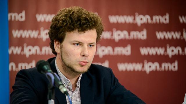 """Un deputat PAS îi răspunde lui Igor Dodon după criticile pe care le-a adus Guvernului. """"Cineva muncește, iar cineva face vânt pe la încoronări de împărați prin Japonia"""""""