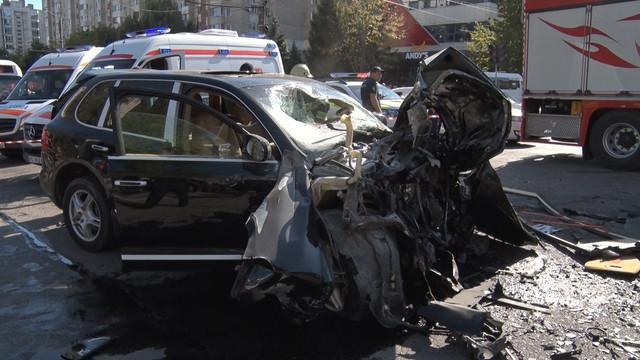 FOTO | UPDATE: Noi detalii despre accidentul de la Buiucani. Ce a declarat șoferul, potrivit șefului Regiei Transport Electric Chișinău