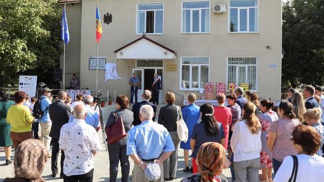 În satul Roşu, Cahul, a fost inaugurat un sistem centralizat de canalizare