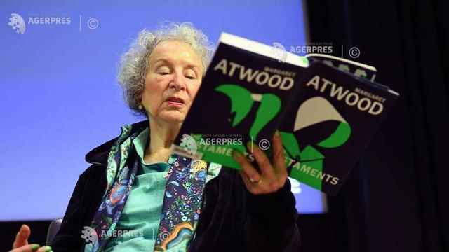 Margaret Atwood şi-a prezentat, la Londra, romanul 'The Testaments', continuarea 'The Handmade's Tale'
