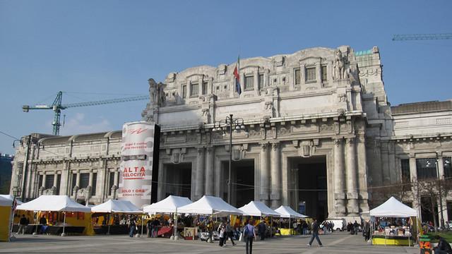 Un militar a fost înjunghiat în centrul orașului Milano, într-un presupus atac islamist