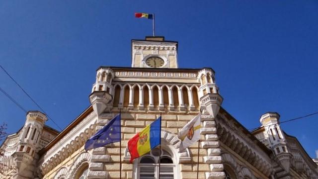 Vladimir Voronin spune că municipiul Chișinău s-ar putea pomeni la un moment dat cu doi primari