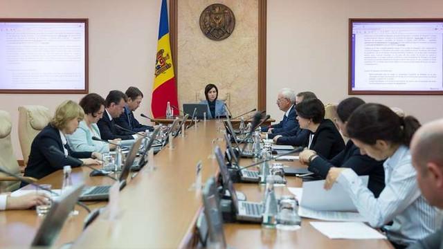 Guvernul a votat astăzi noi secretari de stat la câteva ministere