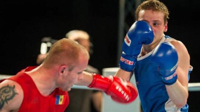 Alexandru Paraschiv a debutat victorios la Mondialele de box
