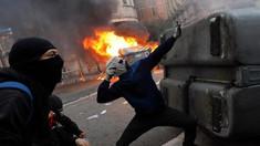 VIDEO | Proteste violente în Catalonia: Peste 200 de poliţişti răniţi. Guvernul spaniol ameninţă cu închisoarea