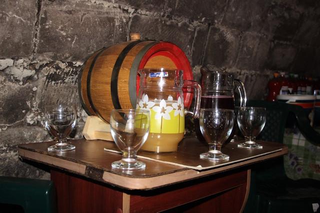 VIDEO | Salvatorii recomandă cea mai simplă metodă de a verifica prezența oxigenului într-o încăpere, în procesul de fermentare a vinului