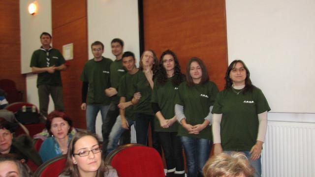 Cei mai activi voluntari din R.Moldova vor fi premiați în cadrul unei gale