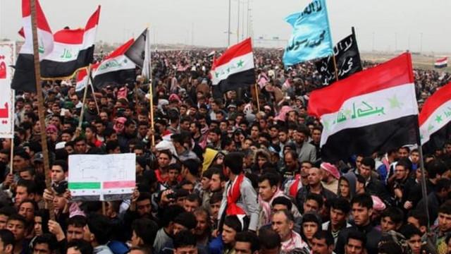 Forţele de securitate din Irak s-au ciocnit violent cu protestatarii în Bagdad şi alte oraşe