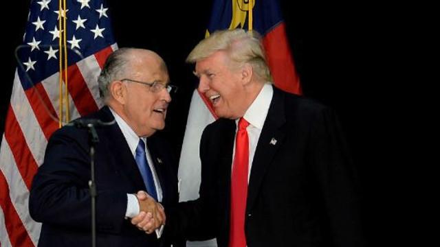 Doi finanțatori ai campaniei lui Donald Trump, apropiați ai lui Rudy Giuliani, au fost arestați